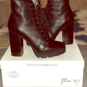 """Steve Madden """"LAURIE"""" lace up ankle boots size 6"""